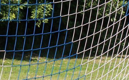 Tornetz Jugendtor 5,00 x 2,00 m, Farbe: blau-weiß in Diagonalstreifen, Auslage: 80/200 cm