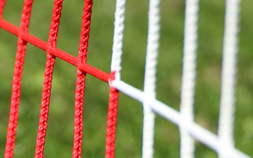 Zweifarbiges Fußballtornetz 7,32 x 2,44 m in Rot-Weiß