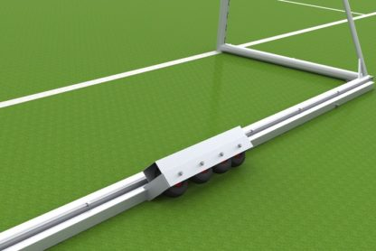 Fußballtor mit Kippsicherung der Länge nach fahrbar von artec Sportgeräte