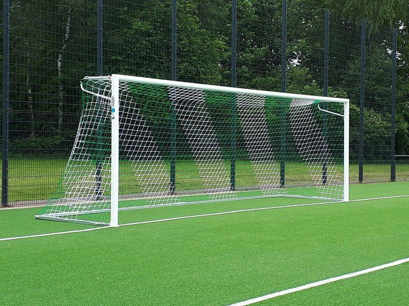 Fußballtor mit Netzbügeln easytec