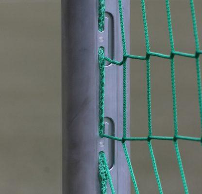 Bolztor mit eingefräster Netzaufhängung