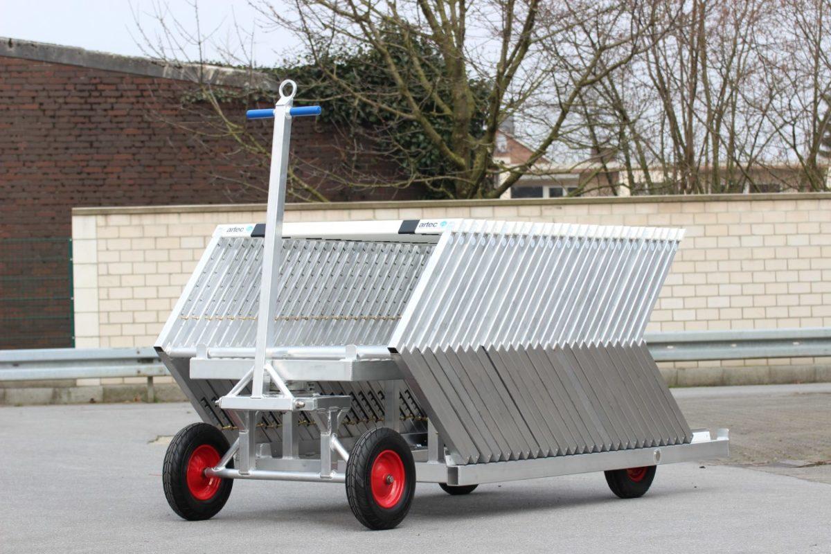 Hürdentransportwagen aus Aluminium für 30 Hürden, Beladung von hinten artec Sportgeräte