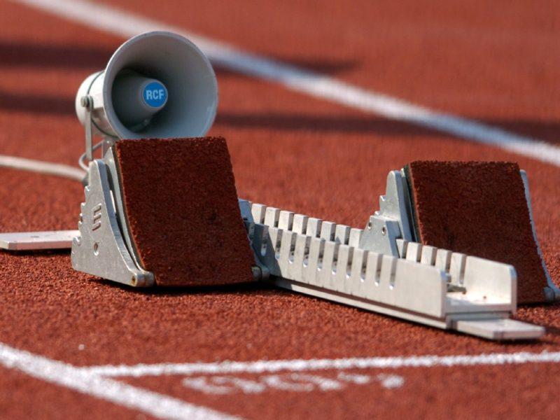 Startmaschine für den Wettkampf mit IAAF-Zertifikat von artec Sportgeräte