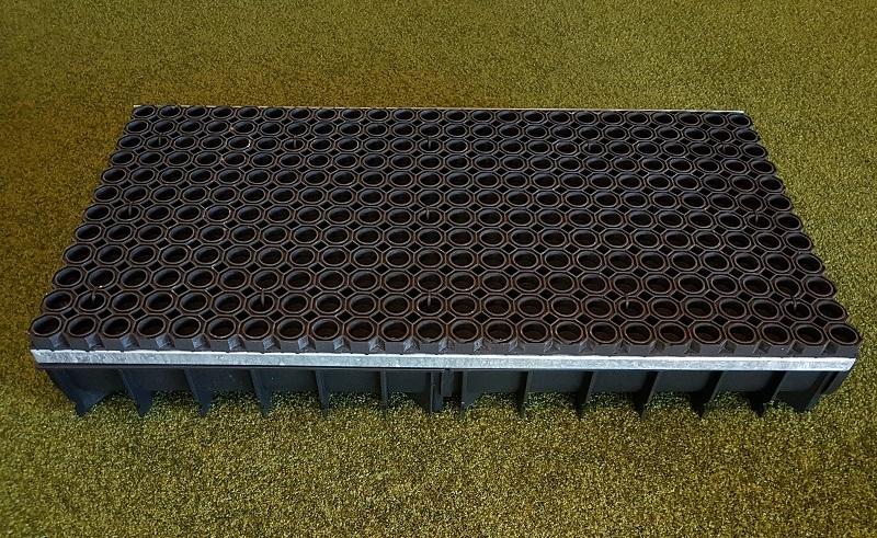 Sandfangrinne aus Kunststoff für Sprunggruben
