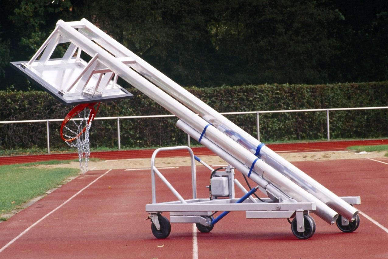 Hubwagen für fahrbare Basketballanlagen von artec Sportgeräte