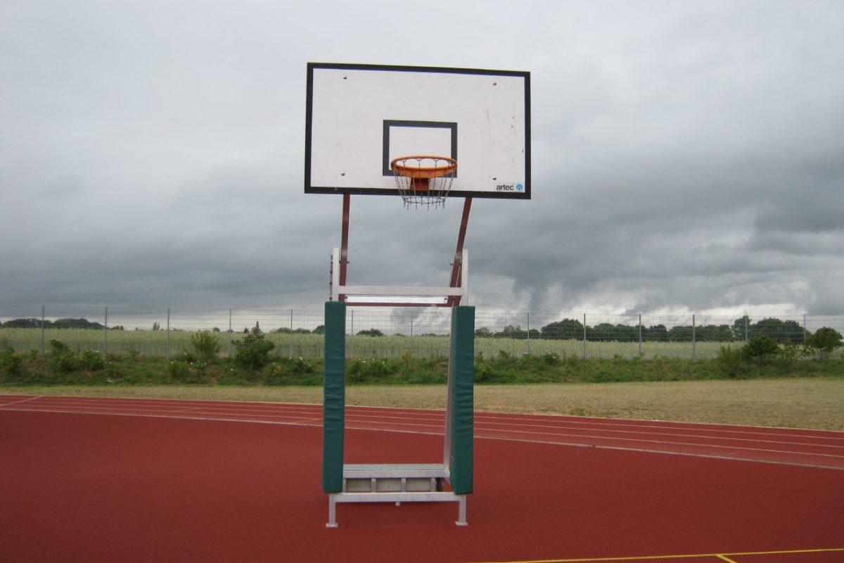 Schutzpolster für mobile Basketball - Anlagen von artec