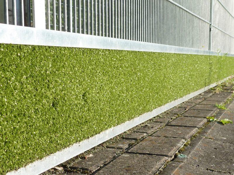 Prallschutzbohle für Hockeyfelder aus Aluminium / Kunstrasen (inkl. Befestigungsmaterial), Länge: 150 m von artec Sportgeräte