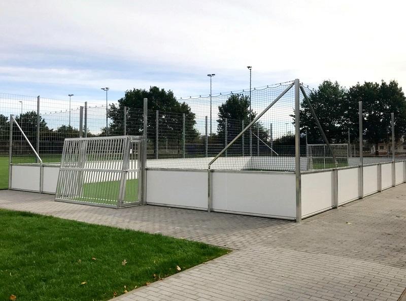 Stationärer Soccer Court