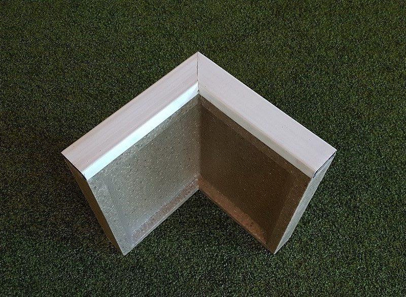 Schwarzer Soft-Randstein Winkel aus Polymerbeton