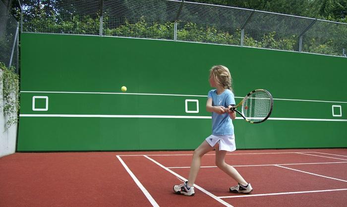 Tenniswand einseitig